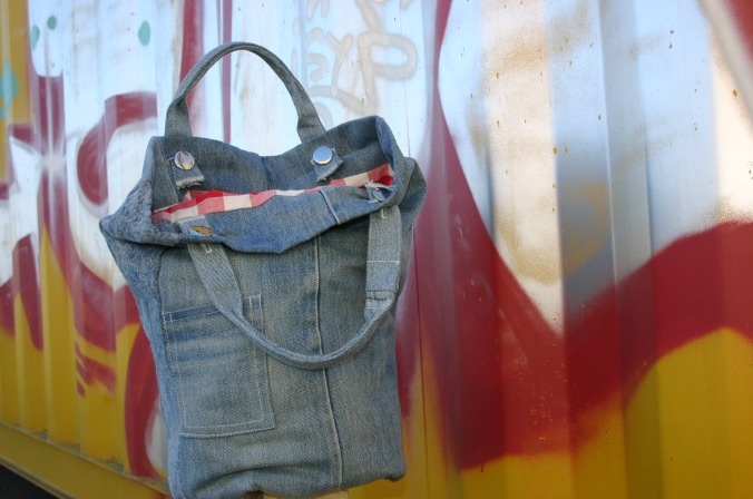 diy denim round bag with removable handles