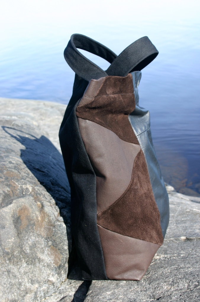 diy bag with suede and leather triangles