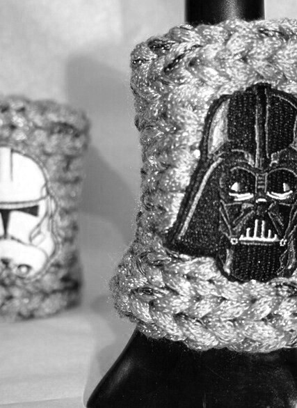 silver colored wristlet with Darth Wader