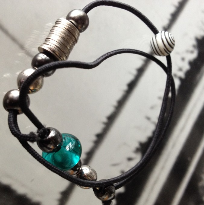 diy bracelet with leather cord and second hand jewellery