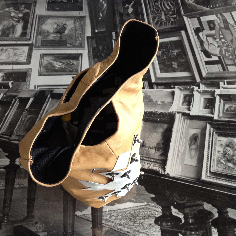 diy leather bag picture taken in Centre Pompidou Paris