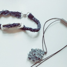 diy denim pendant and bracelet