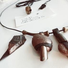 diy stone pendants with copper color