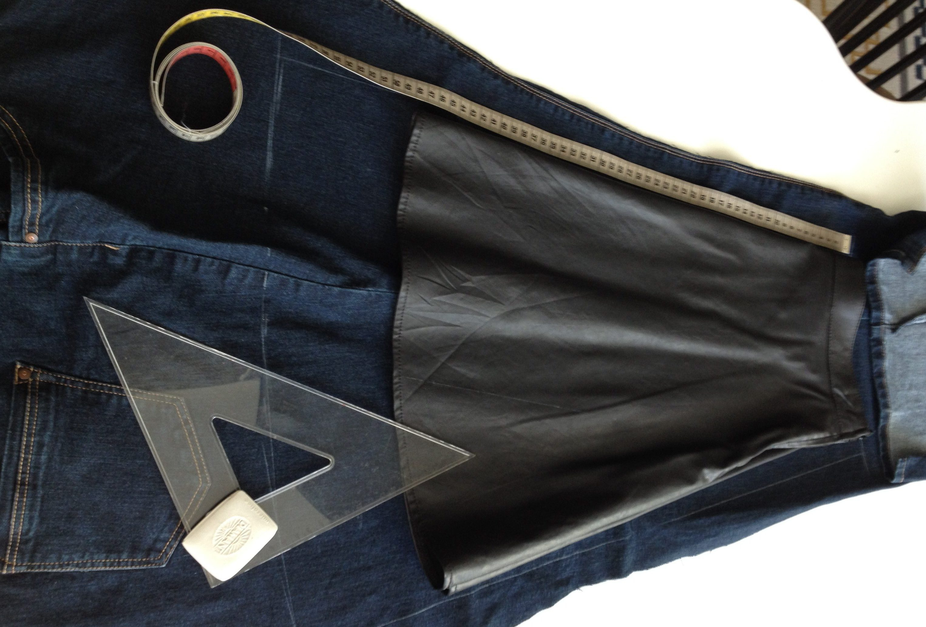 diy denim wrap skirt from old jeans, pattern from vintage leather skirt