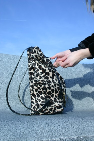 diy animal print back bag with second hand belt as straps