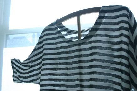 diy striped blouse with batwing sleeves