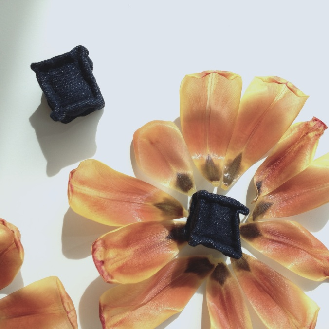 diy miniature denim cubes with tulip petals