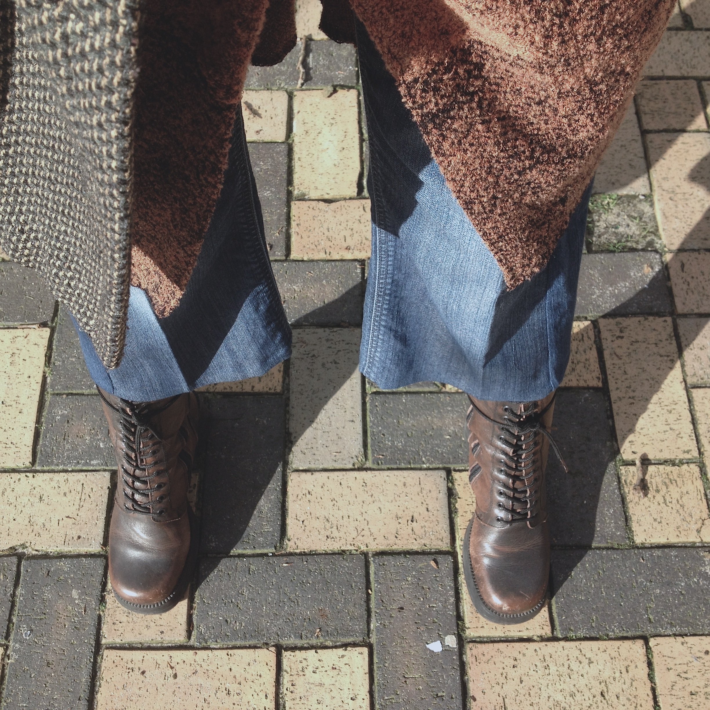 wearing my culottes with vintage boots