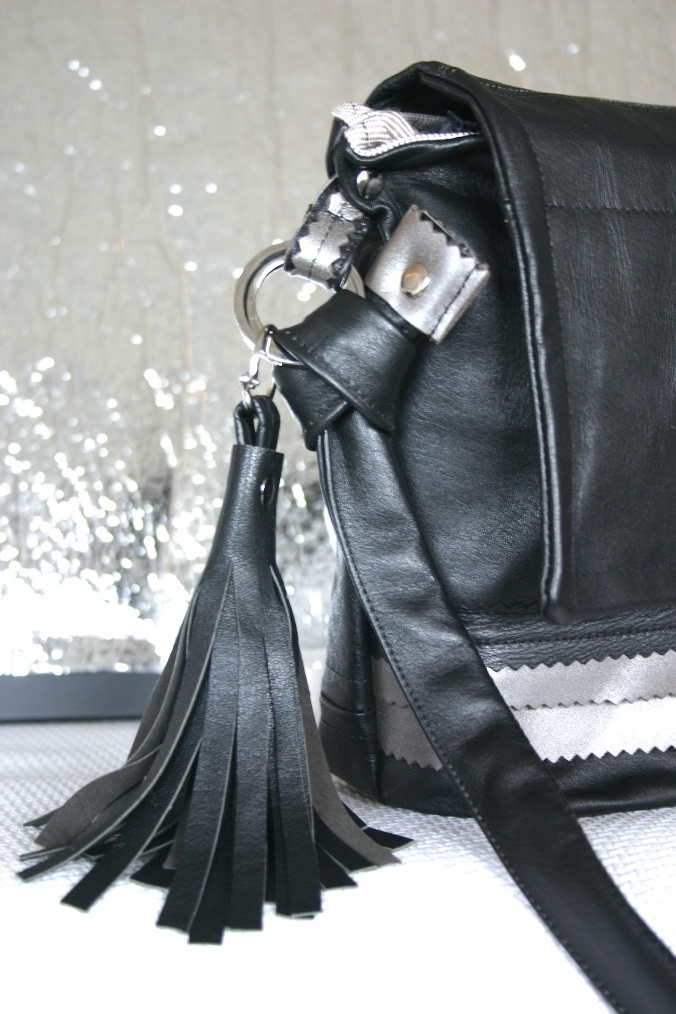 diy-black-and-silver-colored-leather-bag-with-unique-details